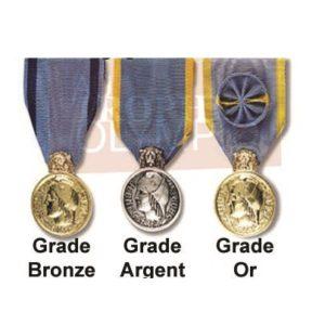 Médaille jeunesse sport engagement associatif